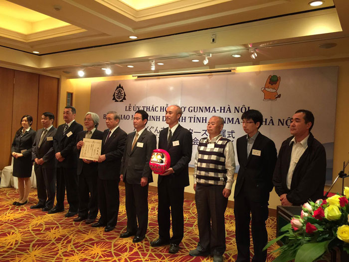 INTERPRETATION AT THE CONFERENCE FOR COOPERATION SIGNING BETWEEN GUNMA PREFECTURE AND HANOI